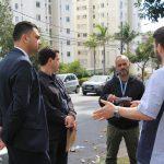 Após solicitações dos moradores, bairro Castelo recebe visita técnica para avaliação de melhorias no trânsito
